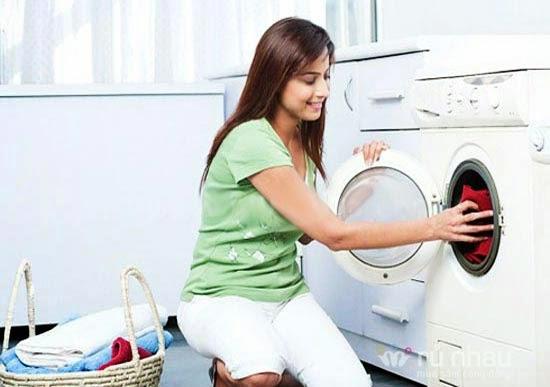 máy giặt có nên cắm điện thường xuyên không