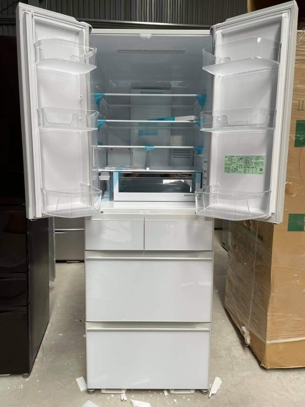 Tủ Lạnh Hitachi Mặt Gương Màu Trắng R Hw52n 1