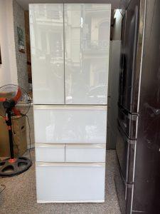 Toshiba mặt gương trắng 510lit date 2016